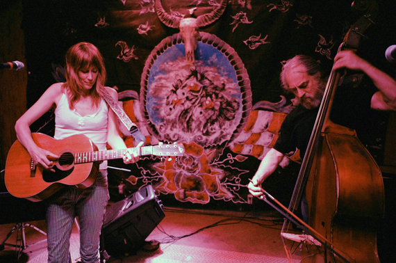 Beth_Orton_2013.06.14_Pappy_&_Harriet's_Palace_ Pioneertown
